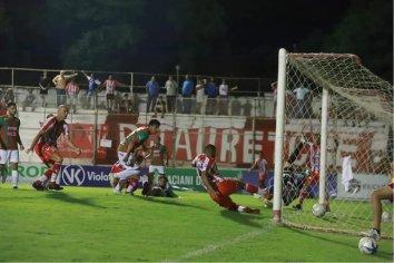 Atl. Paraná empató y clasifico a la siguiente fase