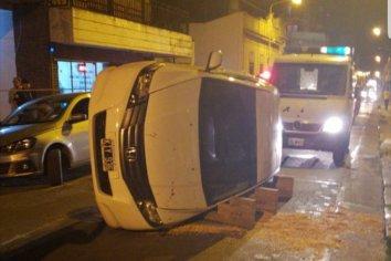El autor del brutal vuelco en la zona céntrica había sido denunciado antes por agredir a otro conductor