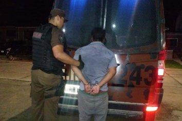 Detenido por violar la restricción perimetral y amenazas.