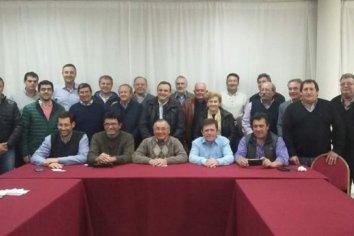'Mayoritario' apoyo de los intendentes de Cambiemos a la candidatura de Lacoste
