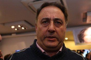 """""""Hemos acordado con los intendentes para que un radical encabece la lista"""" expreso Jorge Lacoste"""