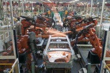 El mercado automotor continúa marcha atrás