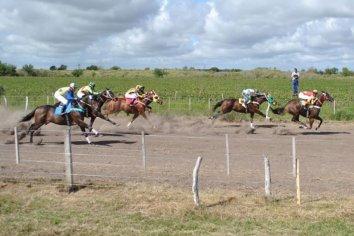 Viale: Jockey en grave estado tras caer de su caballo en una carrera