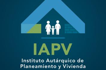 Familia de docentes privados tendrán viviendas nuevas en Viale