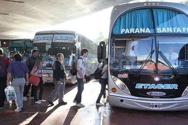 Otra vez aumentó el boleto de colectivos entre Paraná y Santa Fe