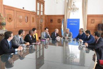 FMI repasó la situación fiscal de las provincias y el plan antievasión