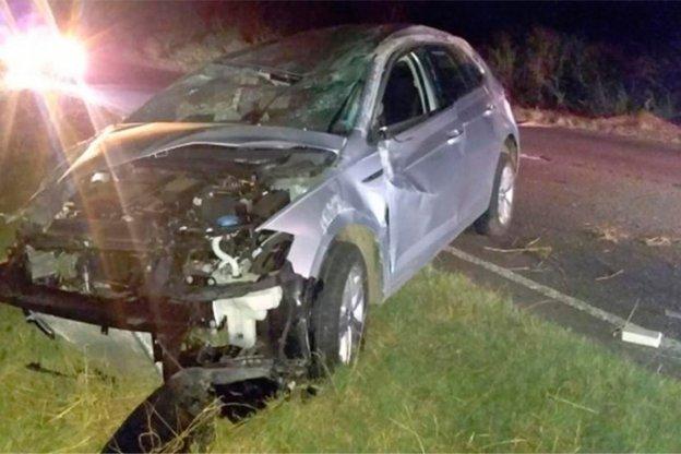 Cinco muertos en un terrible choque en la Ruta 4