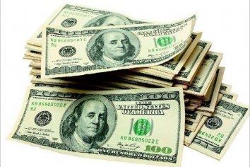 ¿Cuántos dólares tienen los argentinos en el exterior?
