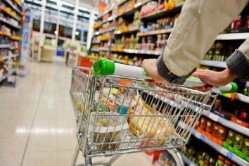 Lácteos, fideos y azúcar: los alimentos de la canasta básica que más subieron en Abril