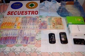 Una mujer sufrió el robo de 100 mil dolares