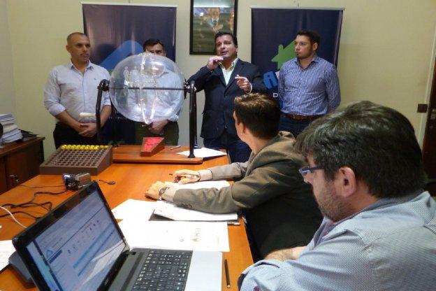 El gobierno entrerriano sorteó viviendas para Villa Mantero y Aldea San Antonio que construye con recursos provinciales
