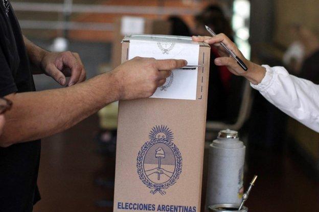 Hay 570 escuelas habilitadas para votar en la provincia