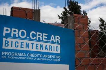 """La desesperación de los beneficiarios Procrear Ahorro Joven: """"De 40 mil escrituraron tres"""""""