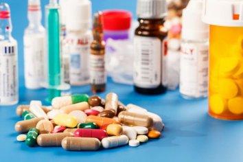 Golpe a los jubilados: el precio de los medicamentos subieron casi un 9% en un mes