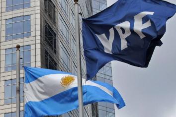 """YPF: el Gobierno denunció en Estados Unidos un """"fraude"""" en la venta de acciones"""