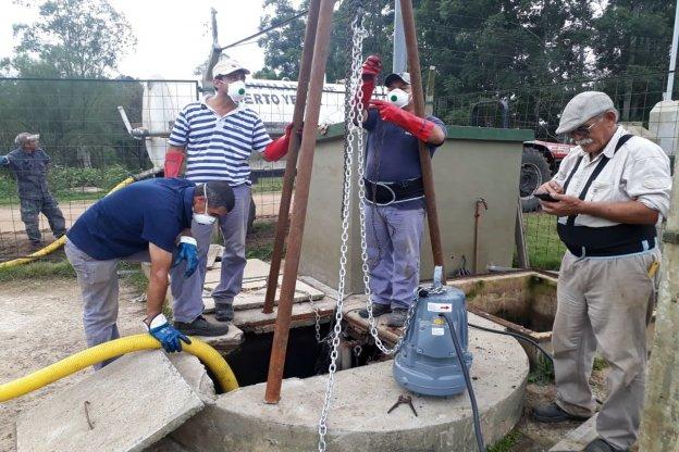 La provincia ejecuta obras de mantenimiento y mejoras con cuadrillas de Obras Sanitarias