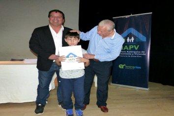 IAPV entregó escrituras en la Costa del Uruguay