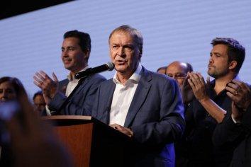 Schiaretti convoca cumbre y busca traspolar experimento electoral cordobés a octubre