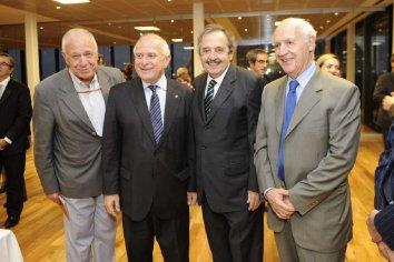 Roberto Lavagna cerró filas con el socialismo, el GEN y los radicales díscolos