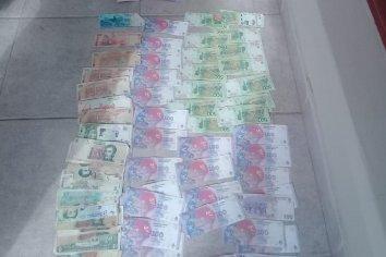 Tres cordobeses detenidos por robar 20 mil pesos a un comerciante del interior de su vehículo