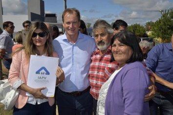 Con recursos provinciales se inauguran nuevas viviendas en tres localidades entrerrianas