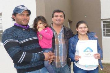Con fondos provinciales se construirán 12 viviendas en Hernández