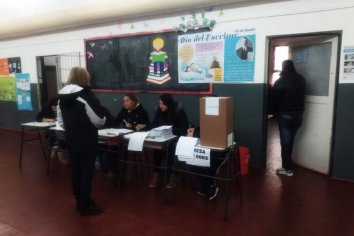 Comenzó la votación en San Luis