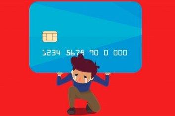 Pagar el mínimo de la tarjeta de crédito pasó a tener un costo del 223%