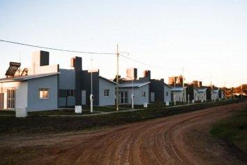Culminó la construcción de 10 viviendas en San Gustavo con recursos provinciales