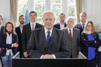 Lavagna suspende su campaña