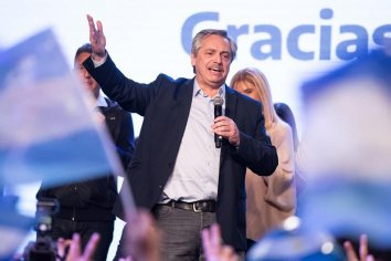 """Alberto Fernández lanzó un nuevo spot de campaña: """"Vamos a poner la Argentina de pie"""""""