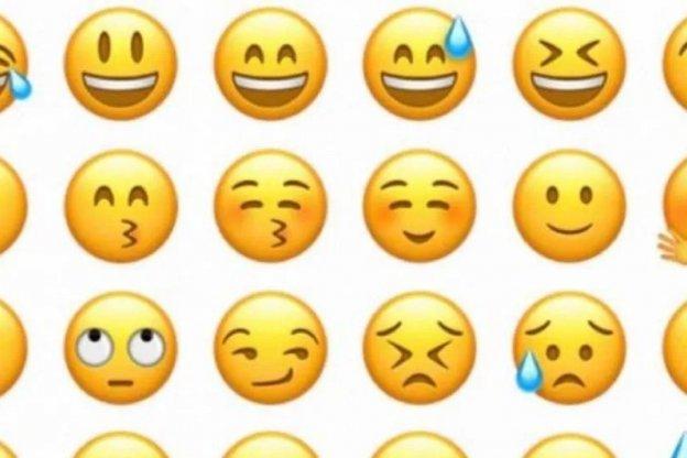 Confirmado: las personas que usan emojis en sus mensajes tienen más sexo