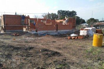 Se construyen nuevas viviendas en Las Moscas