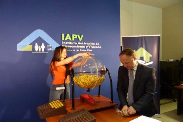 La provincia sorteará  viviendas para tres localidades entrerrianas