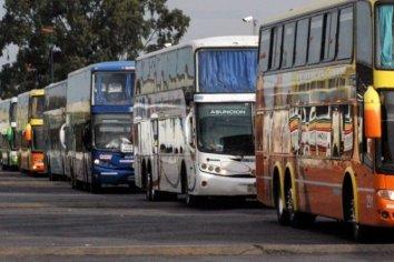 Empresas de transporte de larga distancia podrían reducir las frecuencias por el aumento del combustible