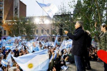 Cambiemos entregó datos personales de argentinos en el exterior para beneficiar a Mauricio Macri