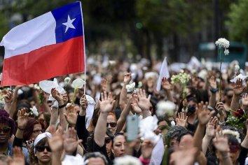 Un país unido protesta para dejar de ser un paraíso neoliberal y buscar el crecimiento con equidad