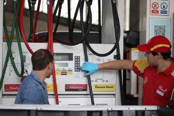 Estacioneros proponer desdolarizar los combustibles y desactivar la brecha de precios entre Capital y el interior