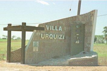 Vecinos de Villa Urquiza denuncian irregularidades del Jefe de Rentas