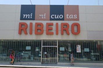 Ribeiro cerró su local en Paraná y 11 familias quedaron sin trabajo