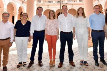 Bordet anunció el nuevo gabinete de ministros