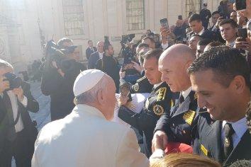 El papa Francisco recibió a los egresados de la escuela de oficiales de la Policía de Entre Ríos