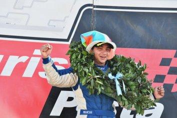 El gobierno provincial recibió al campeón del Turismo Pista de Automovilismo