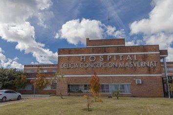 Empleado de hospital ofreció comida a cambio de sexo a una paciente: fue denunciado