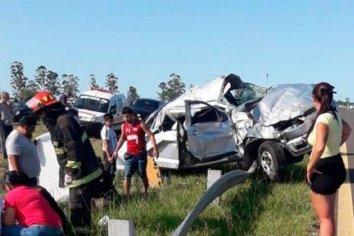 Un adolescente murió tras violento despiste de un vehículo