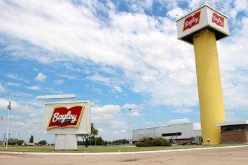 Bagley paró la producción y suspendió a 370 empleados por dos semanas