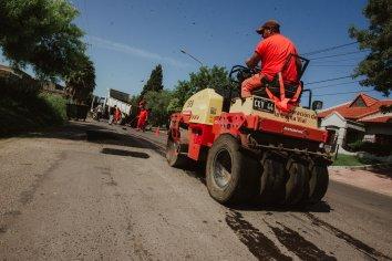 La Comuna continúa con los trabajos de bacheo en distintos puntos de la ciudad