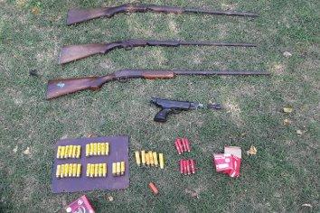 Allanamiento con el secuestro de cuatro armas de fuego y cartucheria