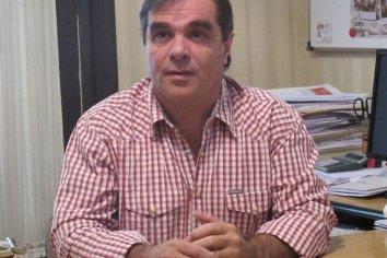 """""""Preocupan flexibilizaciones que ocurren en escuelas entrerrianas"""" expreso Fabián Peccín"""