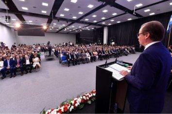 Bordet convocó a un debate multisectorial por la sustentabilidad del sistema previsional